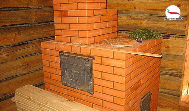 Кирпичная печка в бане