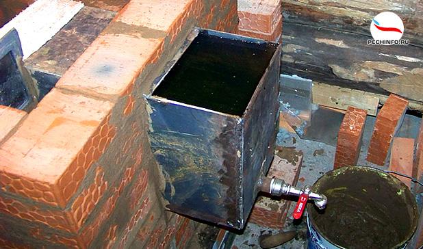 Кирпичная печь с баком для воды